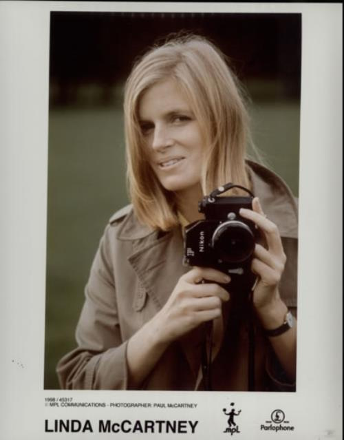 Linda McCartney Portrait Photos by Paul McCartney  Set Of 3 1998 UK photograph THREE PUBLICITY STILL