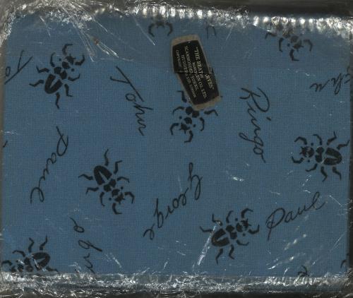 The Beatles The Beatles Scarves  Blue Wool 1963 UK memorabilia BLUE WOOLEN SCARF