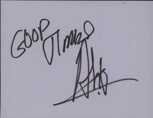 Ali McKenzie Page Of An Autograph Book memorabilia UK A-QMMPA602893