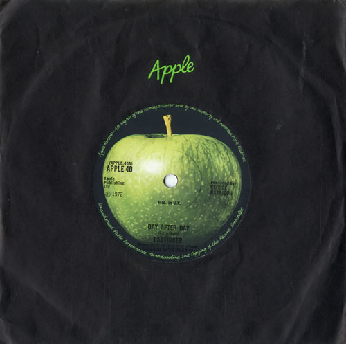 "Badfinger Day After Day 7"" vinyl single (7 inch record) UK BDF07DA239677"