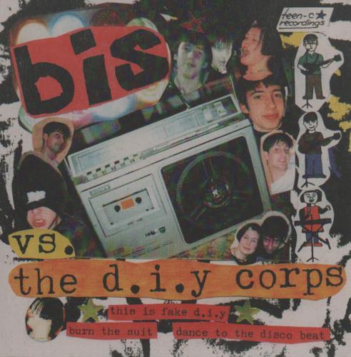 """Bis Bis vs. The D.I.Y Corps 7"""" vinyl single (7 inch record) UK BIS07BI644985"""