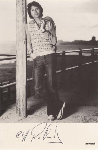 Cliff Richard Love Songs - Signed Photo photograph UK RICPHLO740531
