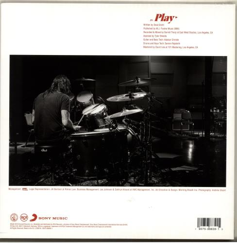 "Dave Grohl Play - 180gram Vinyl - Sealed 12"" vinyl single (12 inch record / Maxi-single) UK DGV12PL705025"