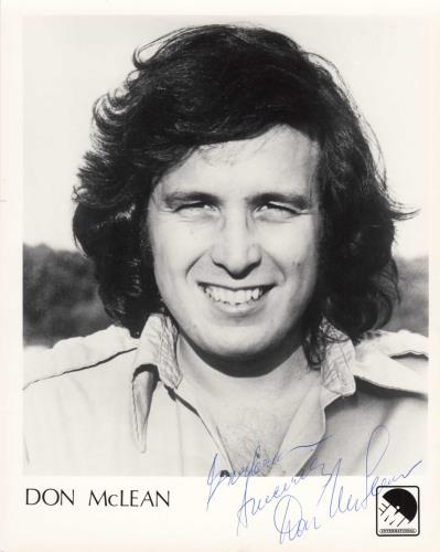 Don McLean Signed Photograph photograph UK DNMPHSI740452