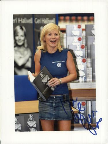 Geri Halliwell Autographed Photograph photograph UK G-RPHAU737376