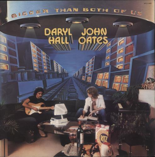 Hall & Oates Bigger Than Both Of Us vinyl LP album (LP record) UK HNOLPBI712918