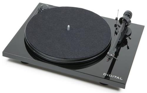 Henley Pro-Ject Audio Turntable - Black