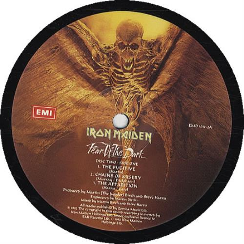 Iron Maiden Fear Of The Dark + Sticker & Insert 2-LP vinyl record set (Double Album) UK IRO2LFE91500
