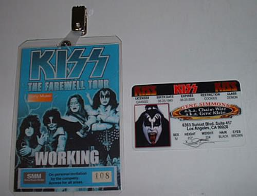 Kiss The Farewell Tour + Gene Simmons Pass US memorabilia