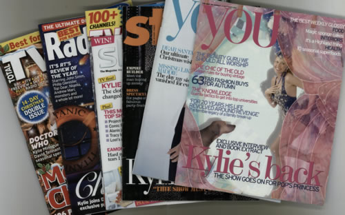 Kylie Minogue Collection of 7 TV Guides & Newspaper Supplements magazine UK KYLMACO606254