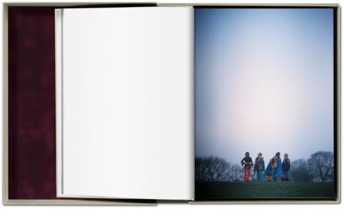 Linda McCartney Linda McCartney: Life in Photographs - Artist's Proof #91 book UK LMCBKLI707604