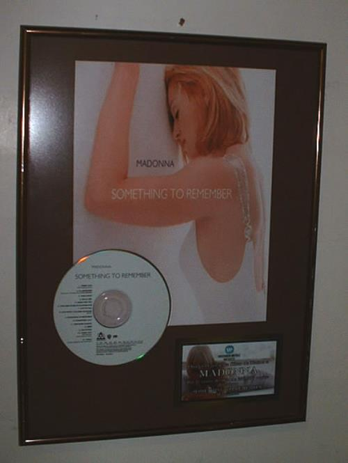 Madonna Something To Remember award disc Mexican MADAWSO322310