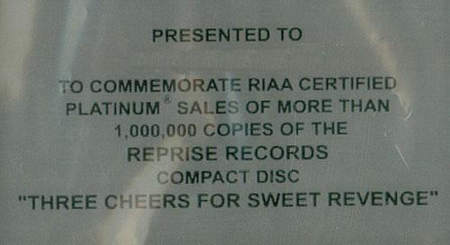 My Chemical Romance Three Cheers For Sweet Revenge award disc US MAPAWTH440086