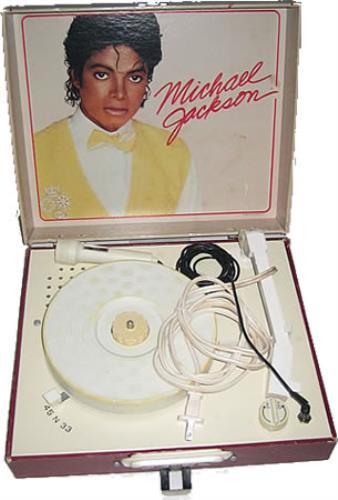 Michael Jackson Record Player + Microphone memorabilia US M-JMMRE356744