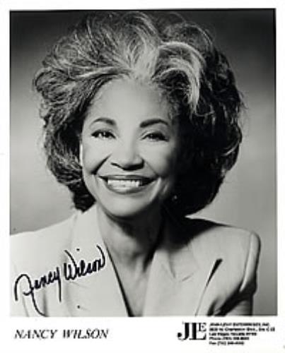 Nancy Wilson (Jazz) Autographed Smiling Publicity Photograph photograph US NWLPHAU269661