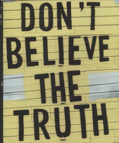 Oasis Don't Believe The Truth tour programme UK OASTRDO619593