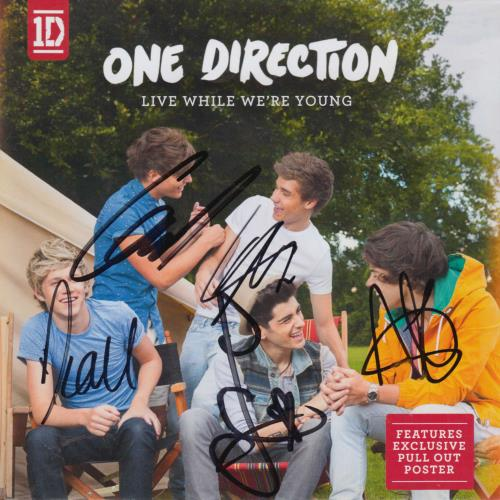 """One Direction Live While We're Young - Autographed CD single (CD5 / 5"""") UK OO5C5LI713505"""