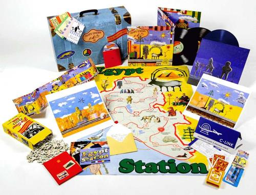 Paul McCartney and Wings Egypt Station - Travellers Edition Suitcase box set UK MCCBXEG714472