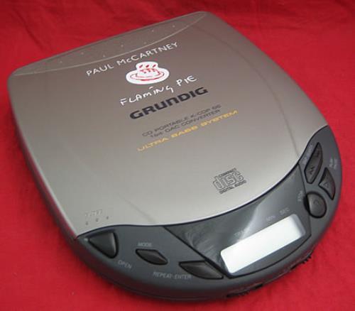 Paul McCartney and Wings Flaming Pie - CD Player memorabilia UK MCCMMFL175433