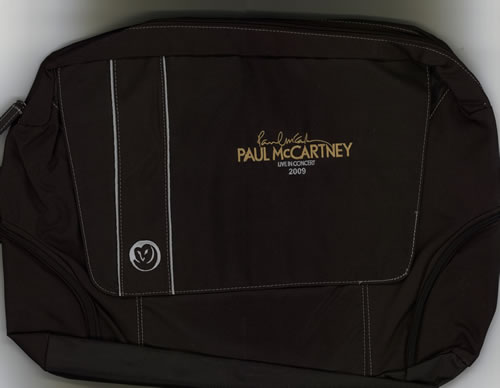 Paul McCartney and Wings Live In Concert 2009 + Laminate memorabilia US MCCMMLI584268