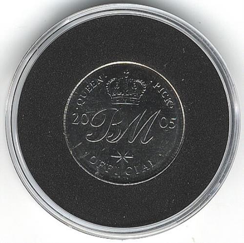 Queen 2005 Tour Commemorative Sixpence memorabilia UK QUEMMTO359750