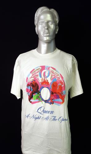 Queen A Night At The Opera t-shirt UK QUETSAN226077