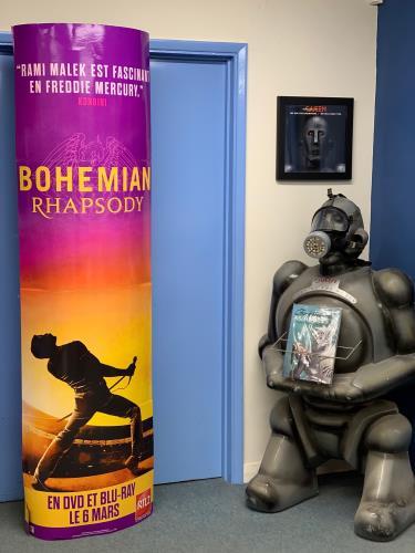 Queen Bohemian Rhapsody display French QUEDIBO746259