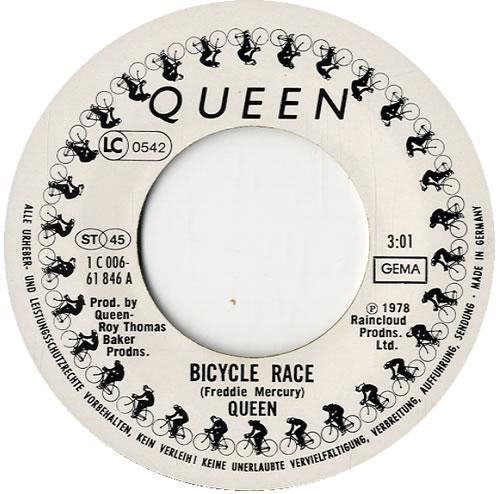 "Queen Fat Bottomed Girls 7"" vinyl single (7 inch record) German QUE07FA585640"