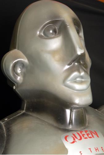 Queen News Of The World - Robot memorabilia UK QUEMMNE460851