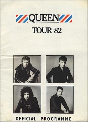 Queen Tour 82 - EX tour programme UK QUETRTO121693