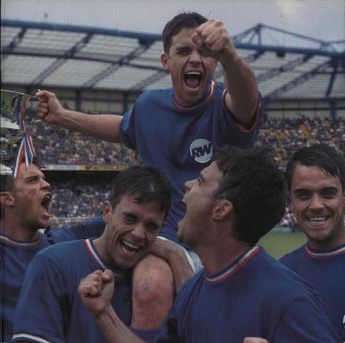 Robbie Williams Sing When Your Winning + Ticket stub & Wrist Band tour programme UK RWITRSI631190