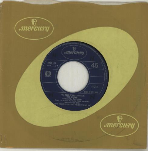 """Rod Stewart You Wear It Well - Wide 7"""" vinyl single (7 inch record) Dutch ROD07YO688033"""