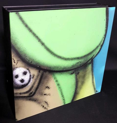 Roger Waters The Wall - Super Deluxe Edition - Autographed Vinyl Box Set US RWAVXTH704238