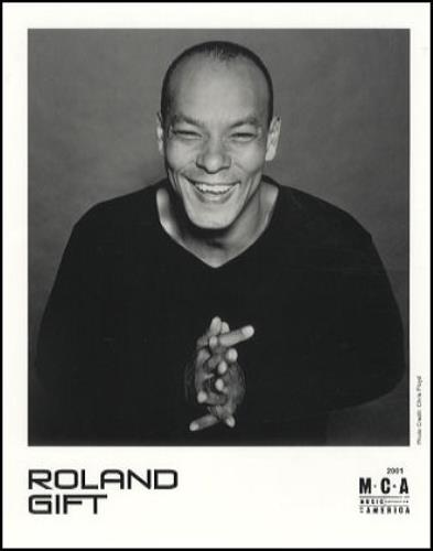 Roland gift roland gift us promo media press pack 214568 press pack roland gift roland gift media press pack us rlgppro214568 negle Image collections