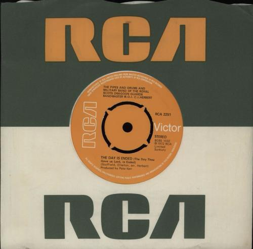 "Royal Scots Dragoon Guards The Day Is Ended 7"" vinyl single (7 inch record) UK RS907TH419780"
