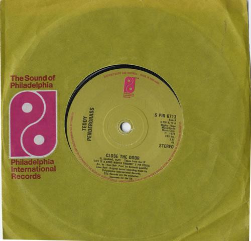 "Teddy Pendergrass Close The Door 7"" vinyl single (7 inch record) UK PNG07CL604690"