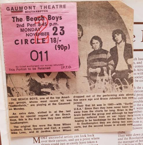 The Beach Boys Arthur Howes Presents The Beach Boys + Ticket Stub & Cutting tour programme UK BBOTRAR710184