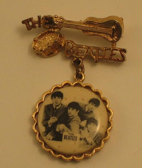 The Beatles Beatles Brooch Us Memorabilia 356909 Brooch
