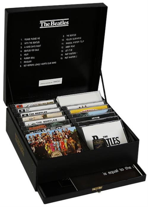 the beatles hmv complete compact disc collection uk cd album box set 223339. Black Bedroom Furniture Sets. Home Design Ideas