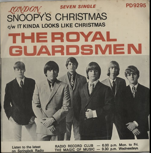 """The Royal Guardsmen Snoopy's Christmas 7"""" vinyl single (7 inch record) South African T5107SN634523"""