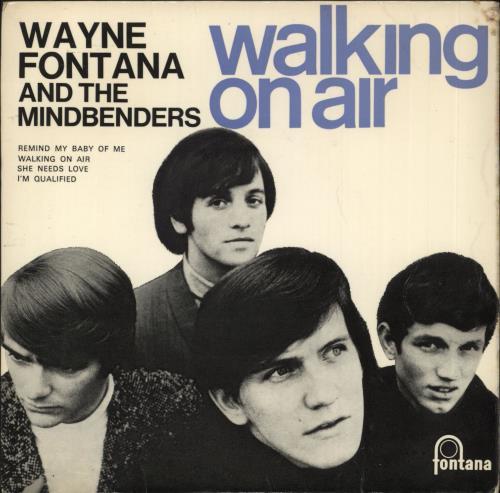 "Wayne Fontana & The Mindbenders Walking On Air 7"" vinyl single (7 inch record) UK WYF07WA638264"