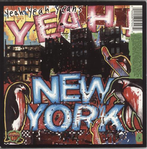 "Yeah Yeah Yeahs Date With The Night 7"" vinyl single (7 inch record) UK YYY07DA241634"