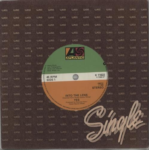 """Yes Into The Lens 7"""" vinyl single (7 inch record) UK YES07IN659591"""